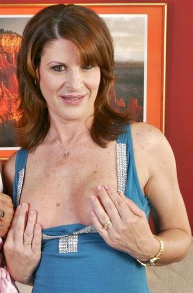 Pornstar Linda Roberts - BGG videos by Naughty America