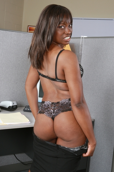 Pornstar Monique - Big Ass videos by Naughty America