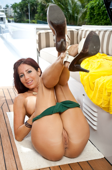 Pornstar Tara Holiday - 69 videos by Naughty America