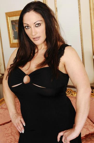 Pornstar Carmel Moore - Big Ass videos by Naughty America