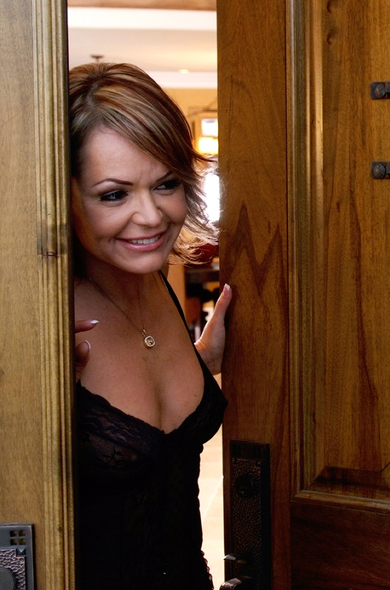 Pornstar Kelly Leigh - American videos by Naughty America