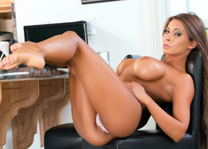Madison Ivy & Danny Wylde in Housewife 1 on 1 - Centerfold