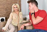 Luna Star & Van Wylde in Latin Adultery