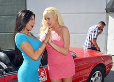 Summer Brielle, Romi Rain & Danny Mountain in My Dad's Hot Girlfriend - Centerfold