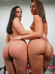 Gracie Glam, Mischa Brooks & Xander Corvus in My Friend's Hot Girl - Centerfold