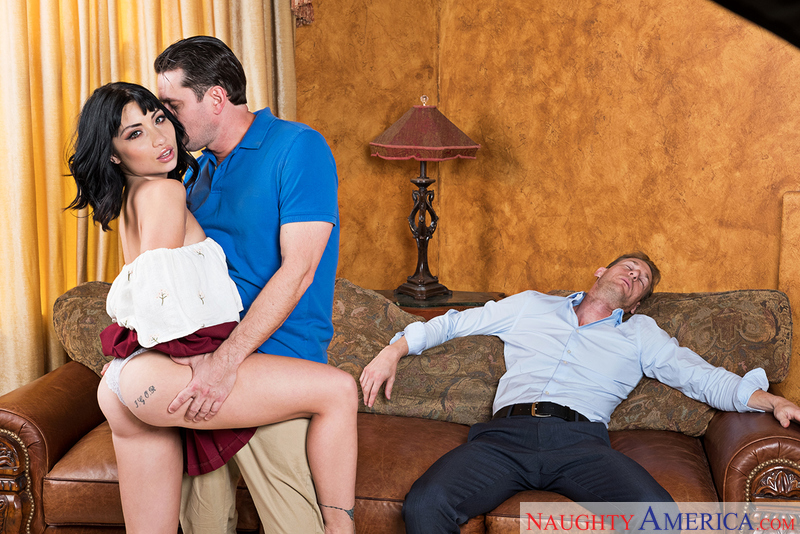 Naughtyamerica – RINA ELLIS & PRESTON PARKER Site: My Friend's Hot Girl