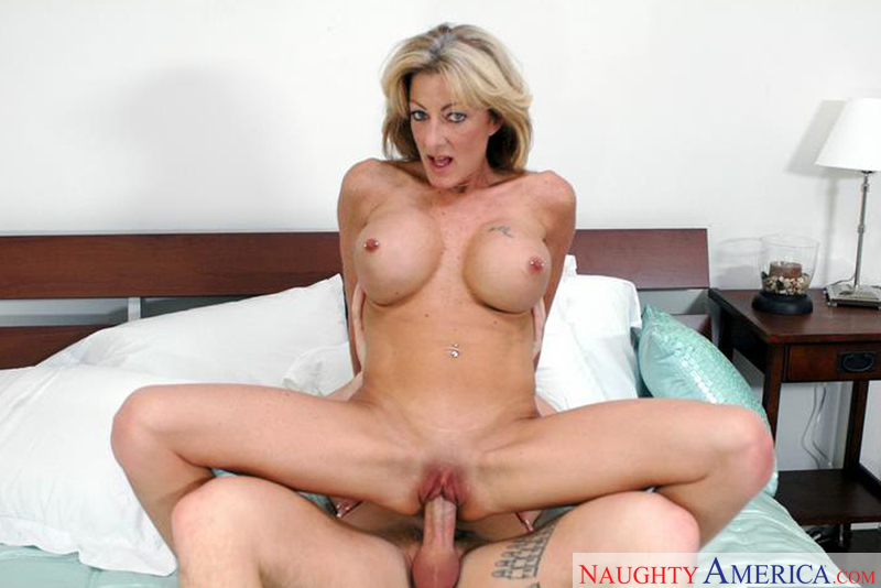 adult sex humor naked