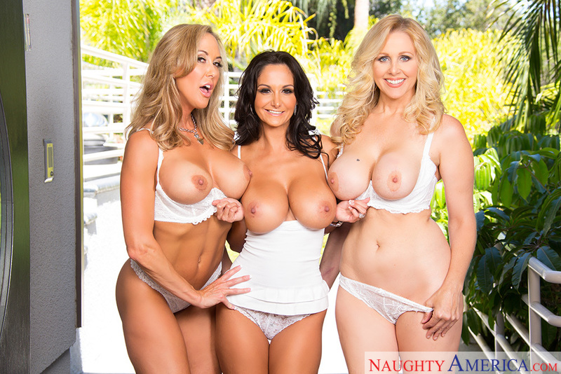 Porn star Ava Addams & Brandi Love & Julia Ann getting ready