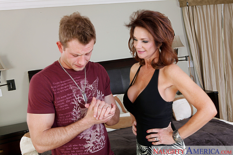 Porn star Deauxma getting ready