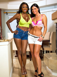 India Summer, Diamond Jackson & Bill Bailey in My Friends Hot Mom - Centerfold