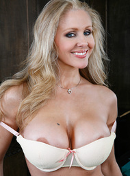 Julia Ann & Danny Mountain in My Friends Hot Mom - Centerfold