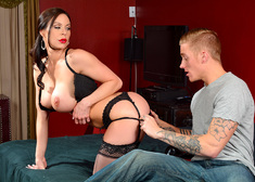 Kendra Lust & Richie Black in My Friends Hot Mom - Centerfold