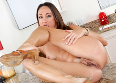 Michelle Lay & Rocco Reed in My Friends Hot Mom - Centerfold