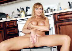 Nicole Moore & Alan Stafford in My Friends Hot Mom - Centerfold