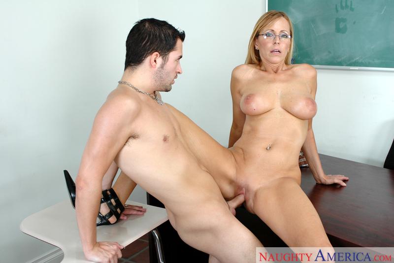 Порно с преподавателем видео фото 197-70