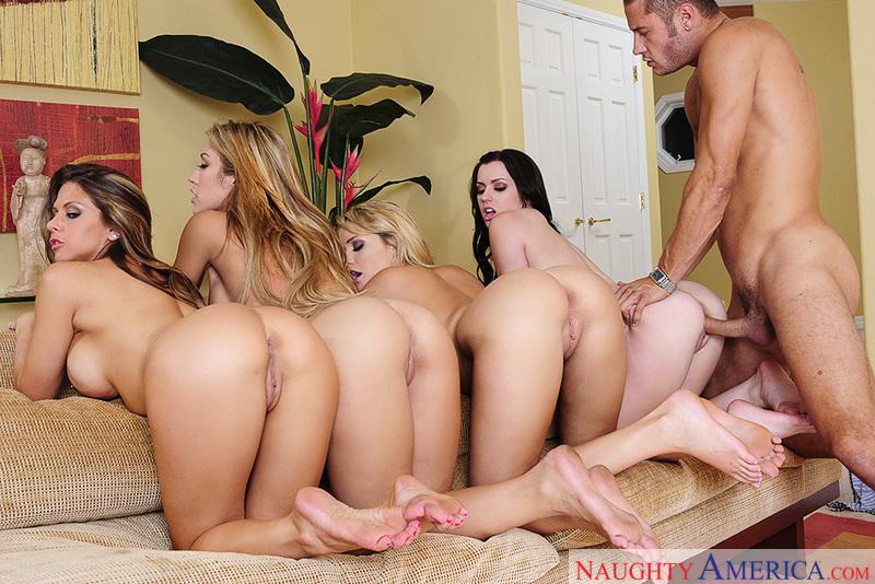 Porn star Capri Cavanni & Lexi Belle & Mia Malkova & Rachel Roxxx getting ready