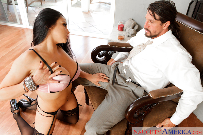 Porn star Audrey Bitoni getting ready