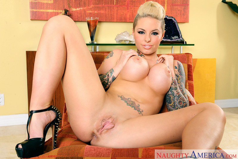 Porn star Christy Mack getting ready