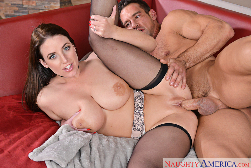 ANGELA WHITE, JOHNNY CASTLE  – Dirty Wives Club