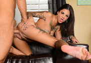 Bonnie Rotten & Chad White in Neighbor Affair sex pic
