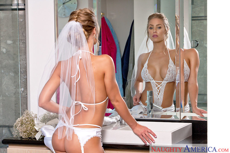 Porn star Nicole Aniston getting ready