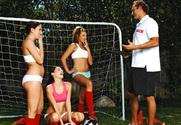 Carmen McCarthy & Mindy Main & Tristan Kingsley & Swiss Balls in Naughty Athletics