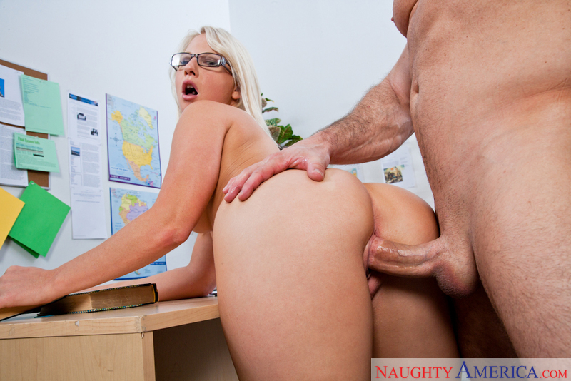 Porn star Kimmy Olsen getting ready
