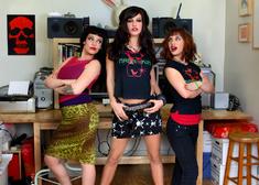 Roxy Deville, Gia Paloma, Devi Lynne & Jerry in Naughty Flipside - Centerfold