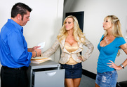 Amber Lynn & Morgan Ray & Cheyne Collins in Naughty Office story pic