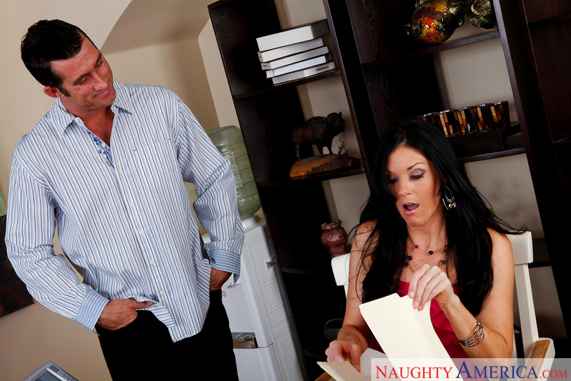 Porn star India Summer getting ready