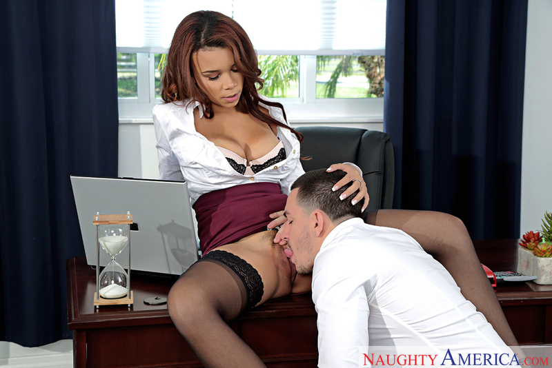 Naughtyamerica – Raven Redmond & Peter Green in Naughty Office