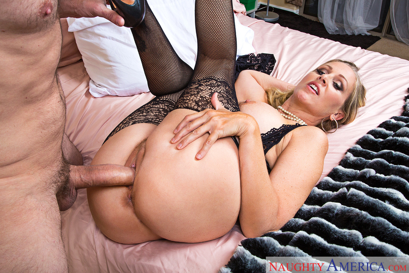 Naughtyamerica – JULIA ANN & PRESTON PARKER Site: Seduced By A Cougar