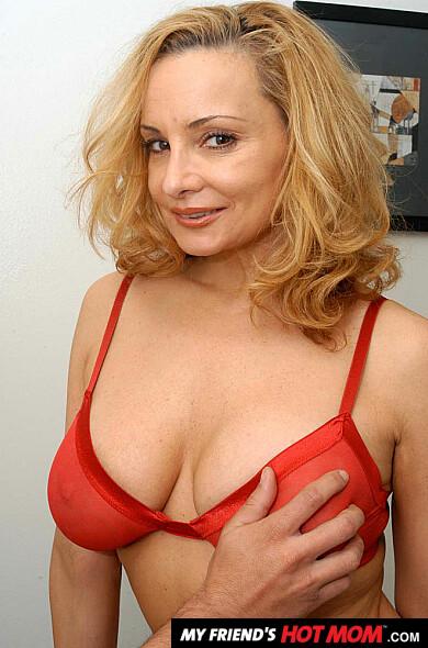 rebecca bardoux my friends hot mom