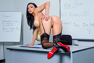 Audrey Bitoni fucking in the classroom with her tits - Sex Position 2