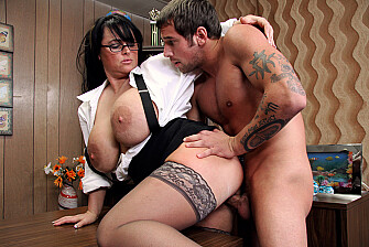 Professor Indianna Jaymes fucking in the desk with her tits - Feb 25, 2009 - picture 5