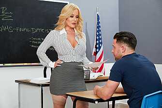 Savannah Bond gives Kinky incentive to her student - Sex Position 1
