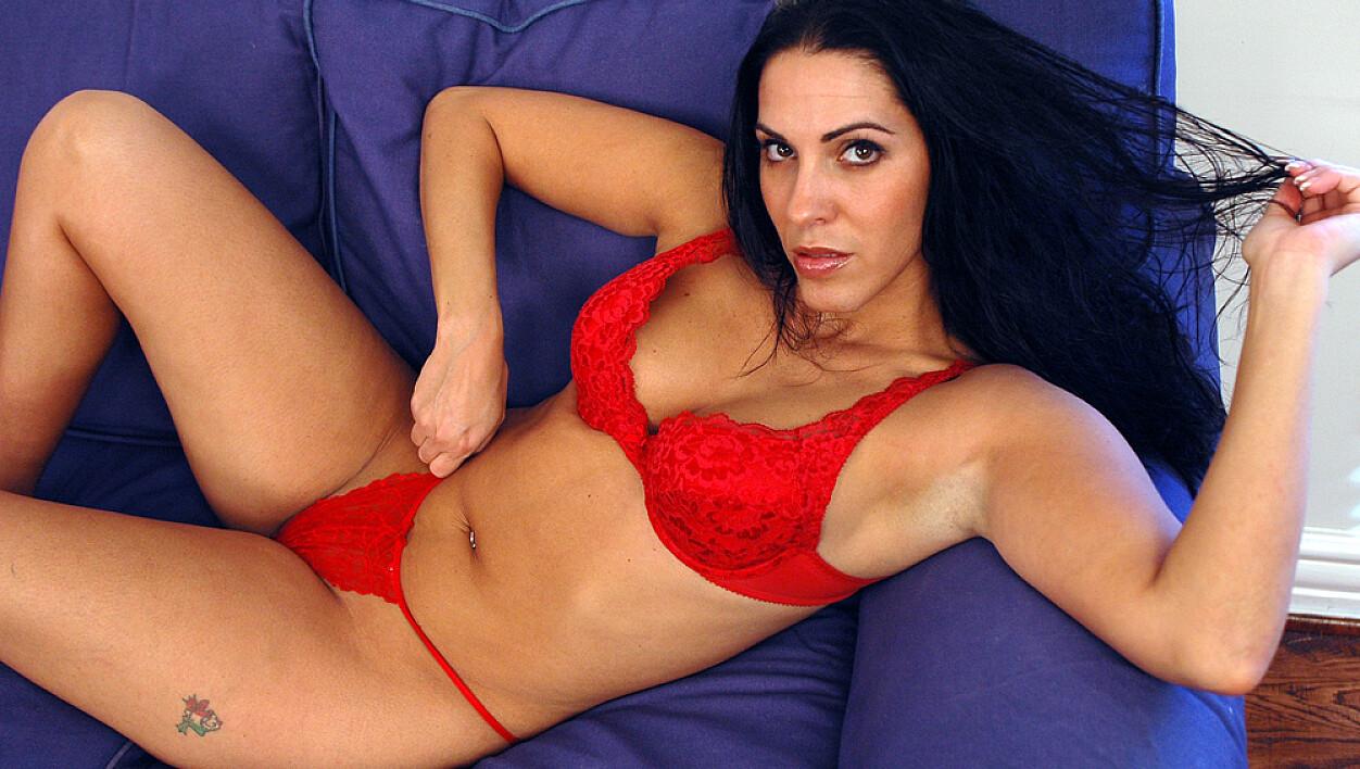 Veronica rayne huge pierced tits   Sex photo)