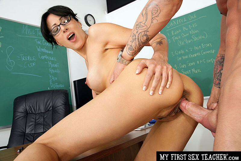 Zoey holloway teacher confirm. join