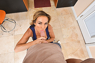 Aubrey Black fucking in the kitchen with her tits vr porn - Sex Position 2