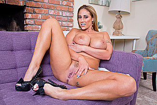 Eva Notty fucking in the couch with her tits vr porn - Sex Position 2