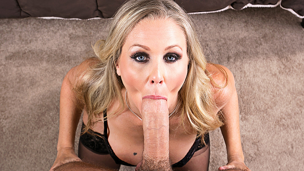 Click here to play Julia Ann fucking in the bed with her tits vr porn VR porn