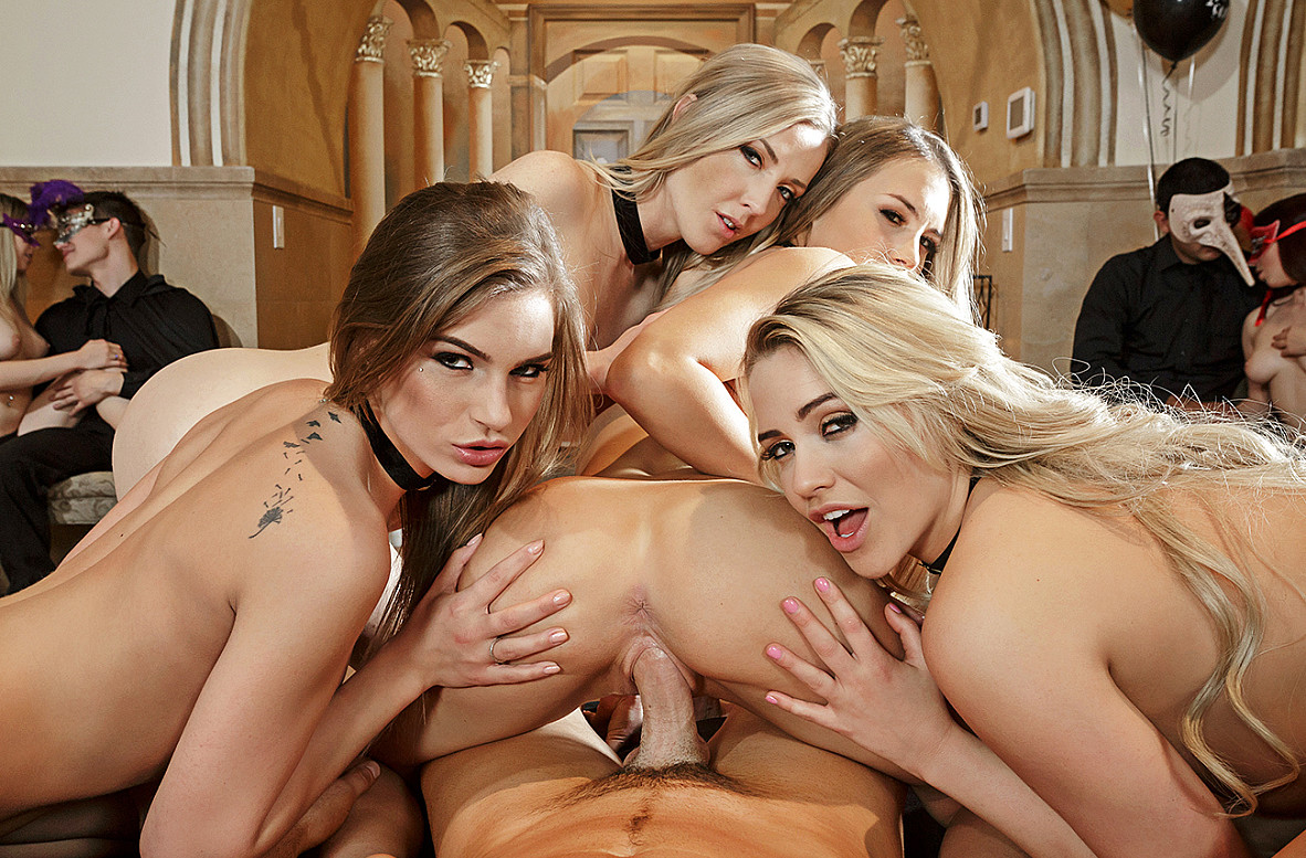 Watch Karla Kush, Kendall Kayden, Mia Malkova, Sydney Cole and Charles Dera VR video in Naughty America
