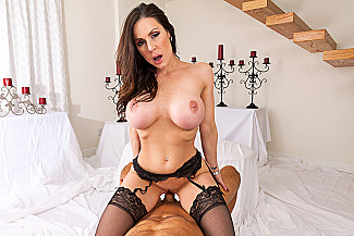 Kendra Lust fucking in the chair with her tits vr porn - Sex Position 4