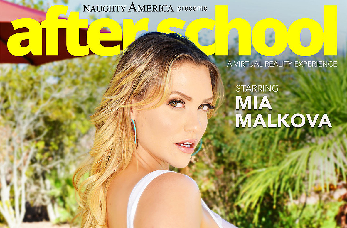 Watch Mia Malkova and Chad White VR American video in Naughty America