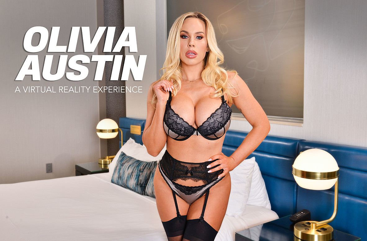 Watch Olivia Austin and Johnny Castle VR video in Naughty America