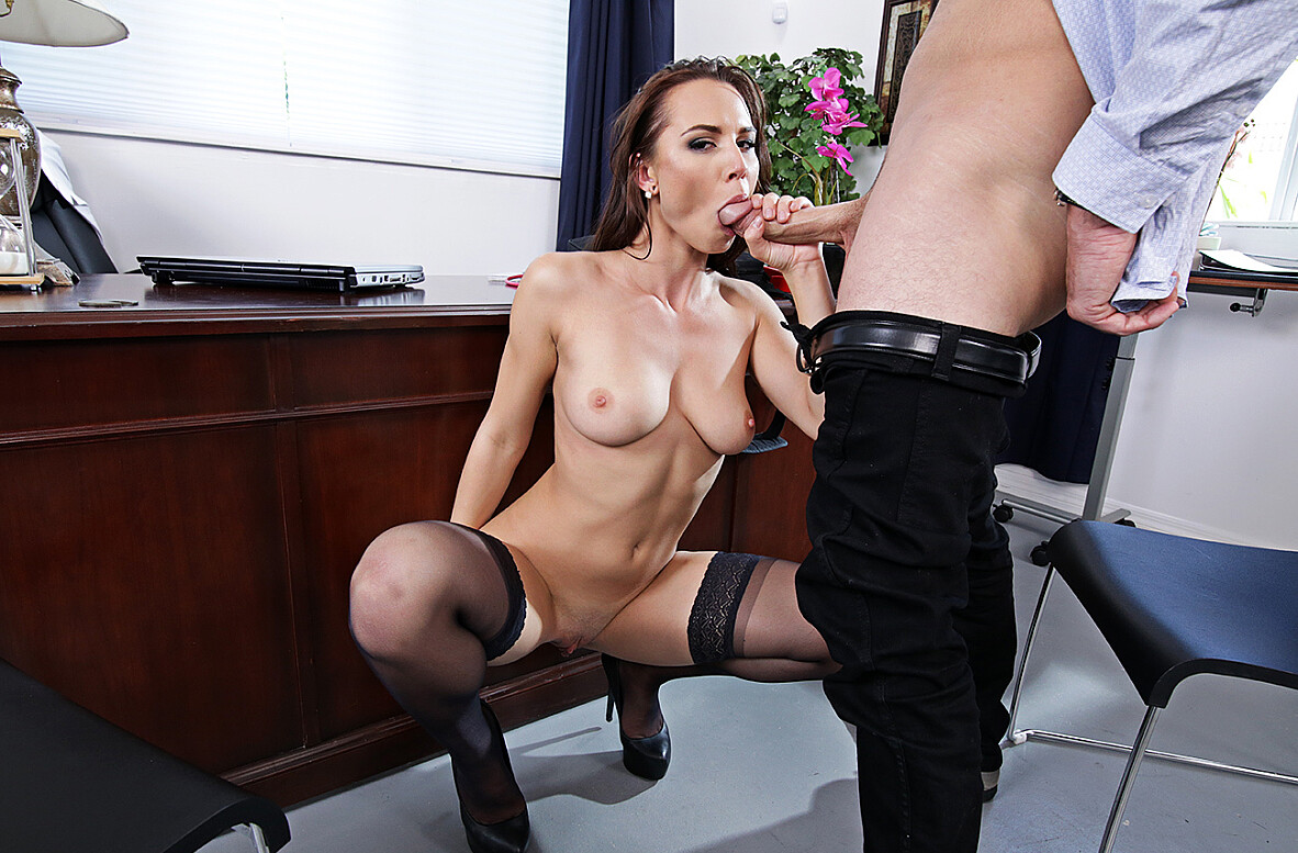 Watch Aidra Fox and Sean Lawless 4K video in Naughty Office