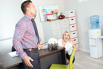 Alexis Monroe has an office fling with co-worker - Sex Position 1