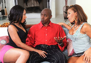 Cassidy Clay & Rane Revere & Sean Michaels in 2 Chicks Same Time