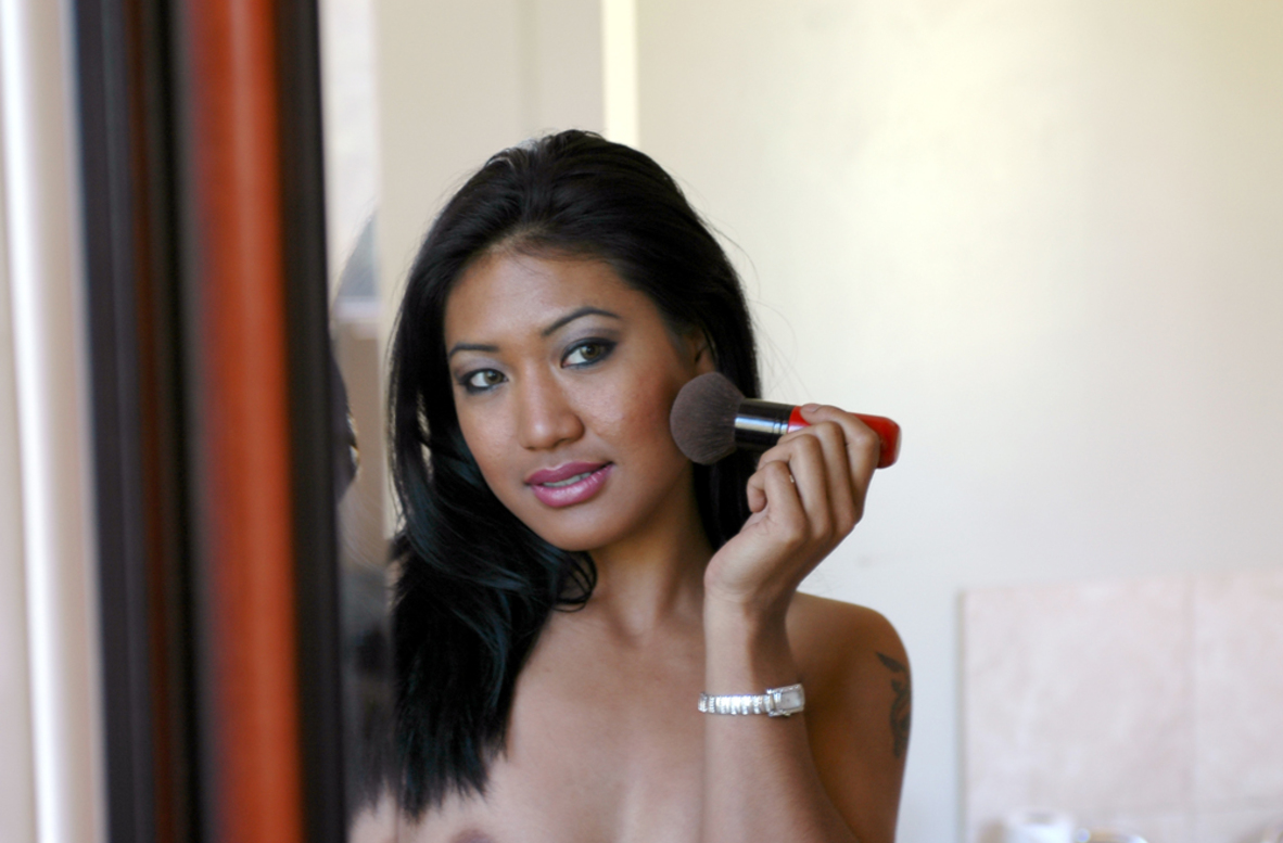 Watch Lyla Lei and Johnny Monroe video in Asian 1 On 1
