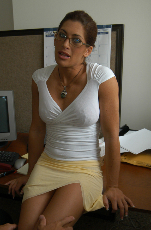 Aria Noir - xxx pornstar in many Brunette & Glasses & Office videos